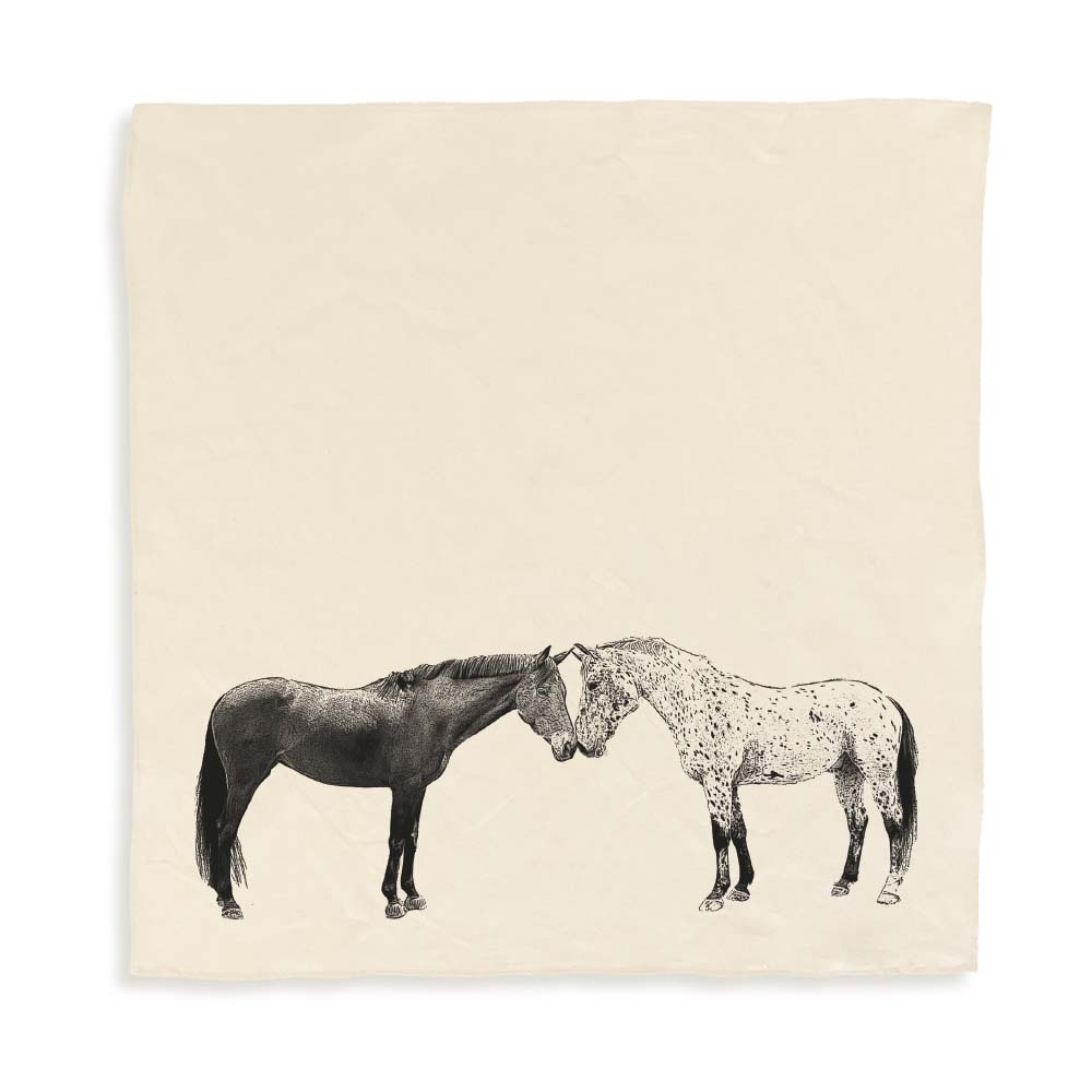 E&C_TT_Unfolded LARGE_Kissing Horses_PRODUCTSHOT_AN